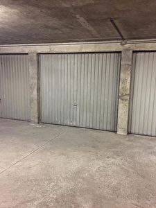 MOULINS - Parking / box  25 m2